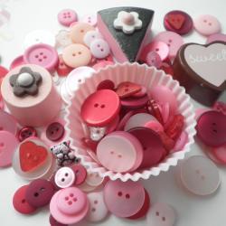 125g Bag of Bubblegum Pink Buttons