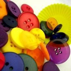 75g Winter Pop Tart Buttons